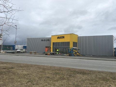 Onsdag morgen åpner Rusta siitt nordligste varehus - mellom Trekanten og City Nord.