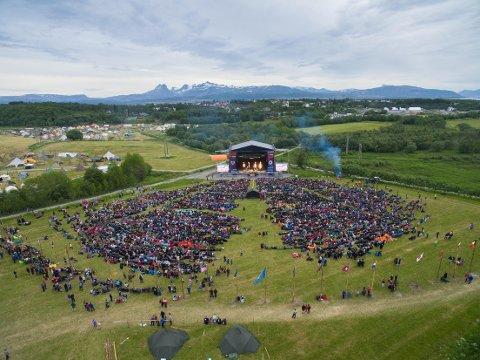 Slik ser det ut ovenfra når 9000 mennesker samles.
