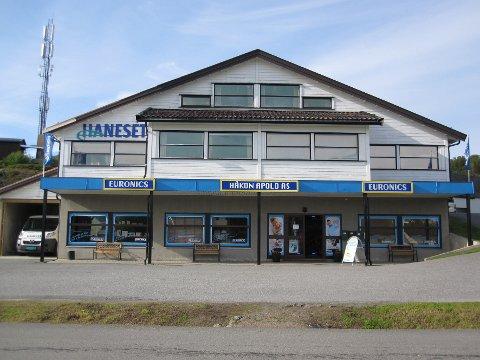 Nye tider: Netthandel har overtatt markedet som  firma Håkon Apold har betjent i 67 år.