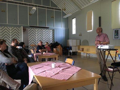 Tirsdag var det åpent møte om Palestina i Domkirka. Møtet var i regi av Odd Eidner og Benn Eidissen som har invitert palestinske venner til Norge.