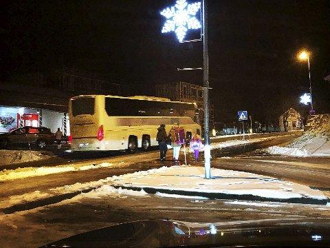 Ikke hørt: Hamarøy kommunestyre reagerer både på kutt i busstilbudet og at det foretas endringer i tilbudet uten at kommuner som er berørt, blir rådspurt. Kommunestyret forventer at slike dramatiske endringer sendes på høring. Foto: Øyvind A. Olsen