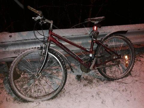 HENSLENGT: DBS-sykkelen dukket plutselig opp utenfor huset til Roy Ivar Rystad.