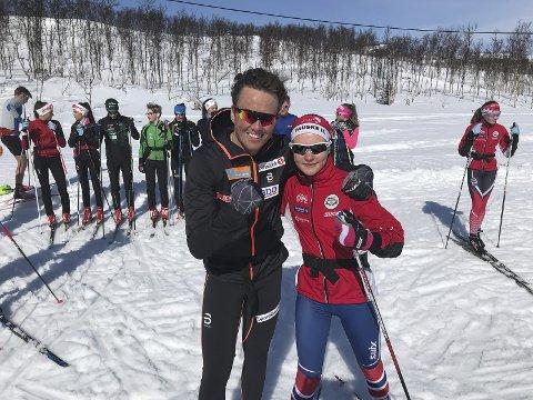 Emil Iversen vant to konkurranser sammen med Fauske-jenta Marie Risvoll Amundsen sist gang landslaget besøkte Sulis, og trente sammen med lokale utøvere. I år blir samlingen avlyst på grunn av koronapandemien.