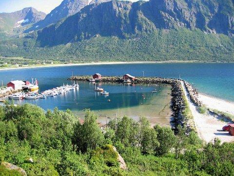 Storvik fiskerihavn ligger ute for salg.