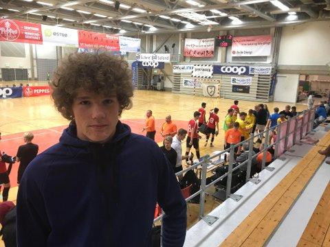 """Casper """"Valderrama"""" Øyvann fikk en knalltøff dom fra Glimt, men 19-åringen skal jobbe hardt for å utvikle seg videre som midtstopper."""