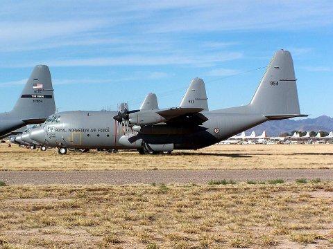 Her har det norske flyet Balder stått i opplag siden 2008. Nå har Forsvarsmateriell solgt dette og fire andre fly.