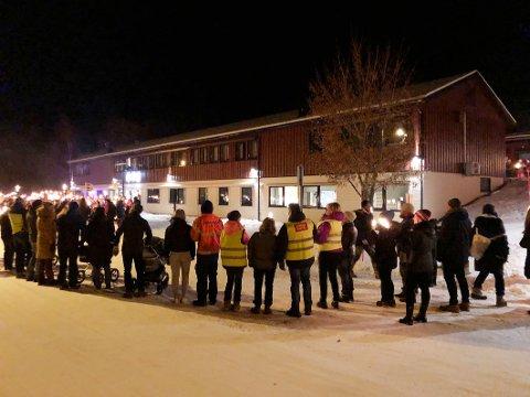 Profilskole: Kommunestyret i Hamarøy ber om at tilbudene ved Knut Hamsun videregående skole må bestå og at skolen må få status som samisk profilskole i Nordland.