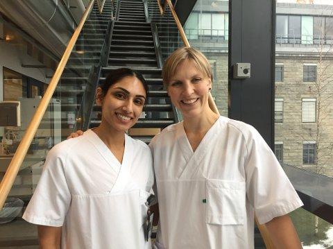 NLSH: Simreen Johal og Ida Tveter som er Leger i spesialisering (LIS) ved mikrobiologisk avdeling på Nordlandssykehuset.