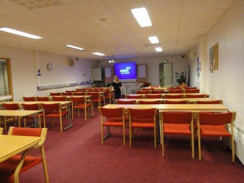 Fra FFO Rogalands gamle lokale i Stavanger hvor 24 organisasjoner hadde hvert sitt kontor., her fra møtesal