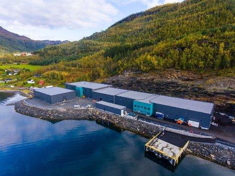 Det landbaserte anlegget til SalmonBreed Salten har offesielt åpnet. Foto: Benchmark / SalmonBreed Salten