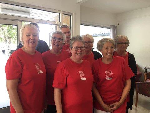 Fornøyd gjeng: Røde Kors Omsorg på Rognan stortrives i eget lokale.