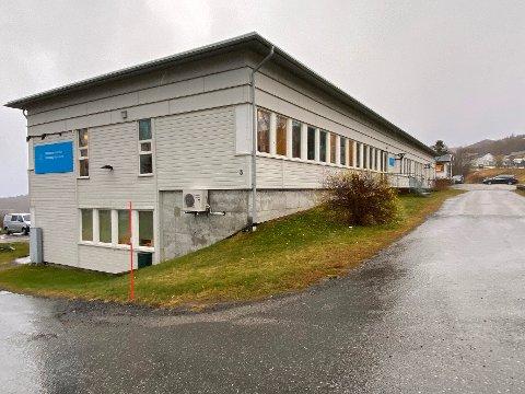 Vurderer: Administrasjonen i Hamarøy kommune har startet arbeidet med å vurdere eget behov for bygninger som kommunen per i dag ikke bruker selv.