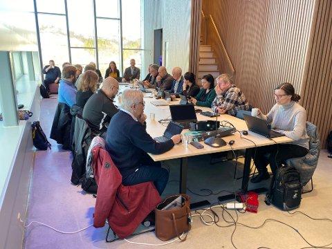 Utfordringer: Det første kommunestyret i sammenslåtte Hamarøy har mange utfordringer. Den aller største er nok å få økonomien på fote igjen.