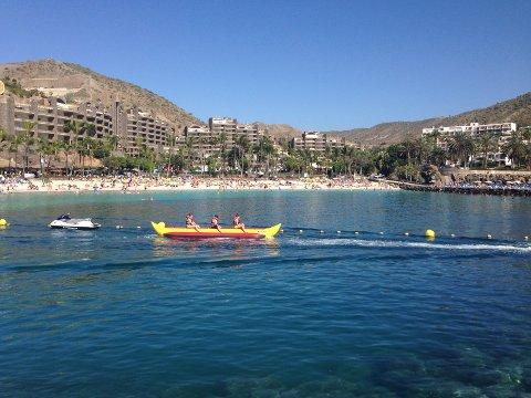 Solhungrige nordlendinger må fortsatt smøre seg kun med tålmodighet om de skal nyte Syden. Her fra Anfi Del Mar på Gran Canaria.