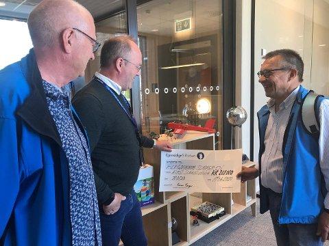 """FIRST Scandinavia og prosjektet """"Fly gjennom sommeren"""" fikk tildelt 201.000 kroner av Gjensidigestifelsen."""
