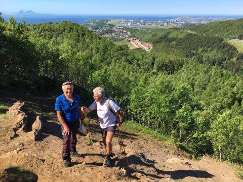 I flere år har Bodømarkas Venner jobbet for oppgradering av turstier. Styreleder Jens Viggo Limstrand og løypenestor Per Rekkedal kan nå fortelle at beboere nederst i Jensvolldalen får snart ny turvei opp Hunstadlia og i retning Bestemorenga.