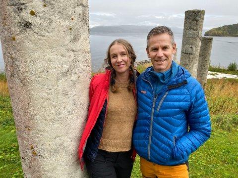 Tegnet: Ekteparet Erik Vaag og Hege Braate Vaag har selv tegnet grovskissene til hyttene, men har samarbeidet med  arkitekt- og ingeniørfirmaet Unikus AS i Bodø om den endelige utformingen.