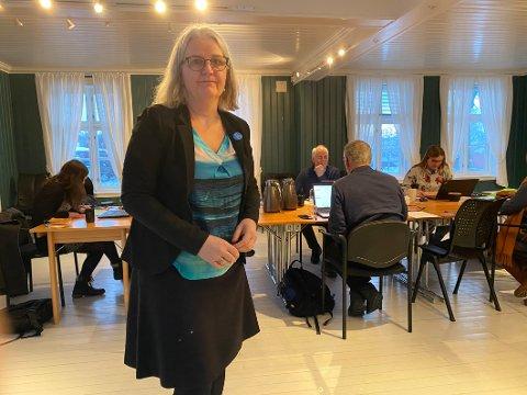 Forlater politikken: Elin Eidsvik sier takk for seg i politikken i Hamarøy etter et knapt år. Nå venter nye utfordringer i Bodø.