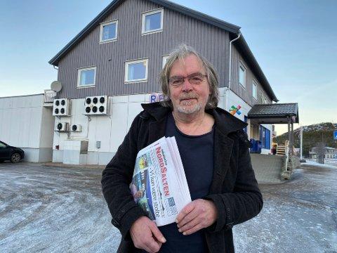 Avissuksess: Redaktør Børge Strandskog og hans stab gjennom mer enn 25 år har gjort suksess med de ukentlige utgivelsene av Lokalavisa NordSalten. Strandskog selv har vært med på samtlige utgivelser fra redaksjonslokalene på Innhavet.
