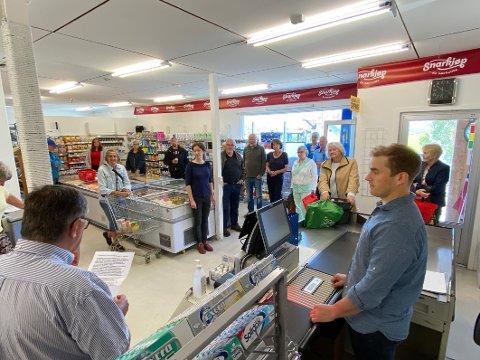 Gjenåpnet: Tranøy landhandel ble gjenåpnet i fjor etter konkurs. Når har butikken fått støtte til utvikling av sin virksomhet.