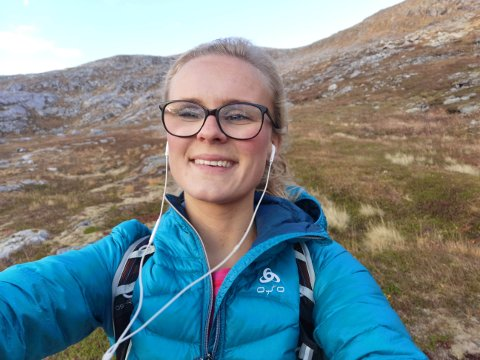Aurora Brynildsen har levd stort sett hele livet sør for Sinsen-krysset. En dag i juli var hun lei av Oslo-maset og flyttet like så greit til Bodø.