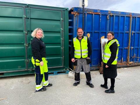 Klare: Fra mandag åpner et mobilt gjenbrukssenter på Vikan. Fra venstre arbeidsleder Miljøtorg Vikan Veronica Lundli, Kolbjørn Jenssen fra Egna, og prosjektleder i Egna, Carina Rist.