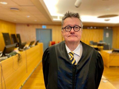 Tor Haug forsvarer den tredje tiltalte i saken. Han vil ha sin klient frikjent for medvirkning til ranet.