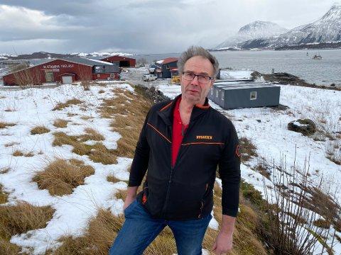 Bygger ned: Ole Jakob Aalstad  vurderer sterkt å bygge ned virksomheten sin på Ålstadøya. - En sunn virksomhet må hele tiden tenke vekst. I det øyeblikket veksten flater ut er det ensbetydende med en stille nedgang mot slutten, mener han.