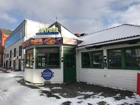 Annas Gatekjøkken er en av serveringsstedene som mottok telefon fra de falske smittesporerne.