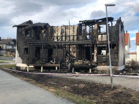 Firemannsboligen i Trollmyra ble totalskadd i brann og senere revet.