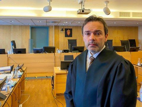 Politiadvokat Øyvind Rengård er aktor i den omfattende overgrepssaken.