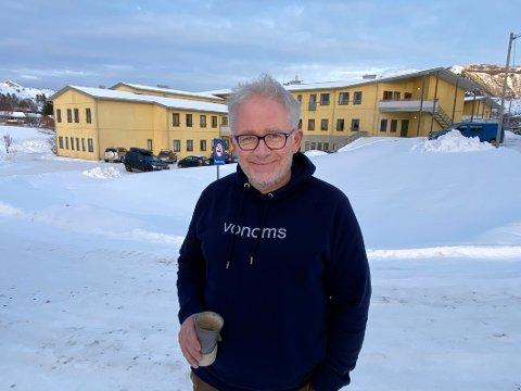 Blir hørt: Alle berørte parter skal nå få anledning til å uttale seg om nedleggelsen av åtte sykehjemsplasser på Steigentunet i 2018. Det tar leder for helse og omsorg, Jørgen Lundsveen, til etterretning.