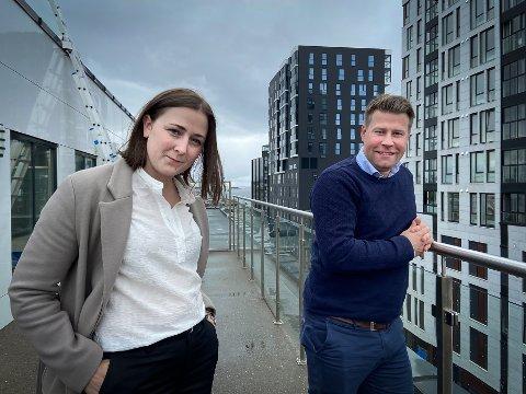 Hvis vi brukte mer engelsk ville vi kunne tiltrekke oss internasjonale ressurser og samarbeid, mener Merete Nordheim i Bodø Næringsforum og Elnar Remi Holmen i BRUS.