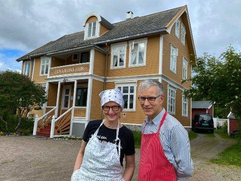 Gir seg: Torill Ellingsen og Valdemar Hansteen gir seg etter 30 år som drivere og selger det populære og eksklusive hotellet Edvardas Hus.