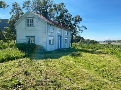 Firedobling: Denne eiendommen med over 50 mål eiendom på Engeløya var taksert til 550.000 kroner, men ble solgt for nesten det firedobbelte beløpet.