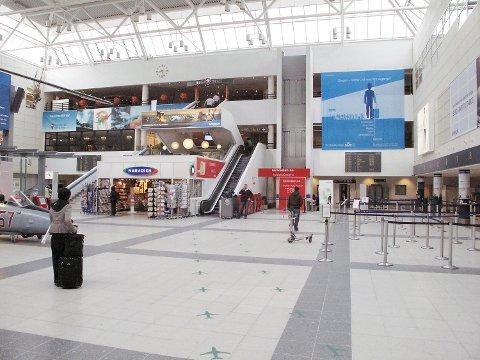 Bergen lufthavn Flesland kan bli stengt på fredag.