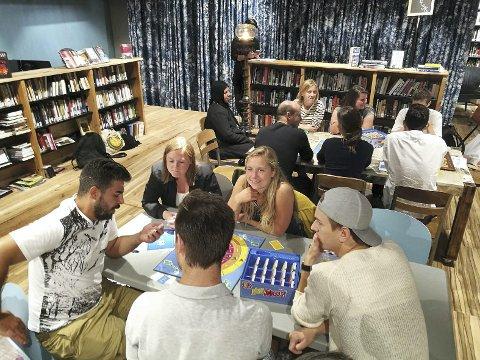 Mandag kan du spille deg frem til arabiske språkkunnskaper på Biblioteket.