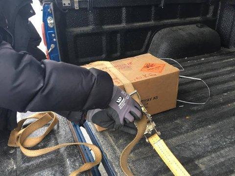 Sprengstoffet som satt i gang en stor evakueringsaksjon på Straume mandag, viste seg å være ufarlig.