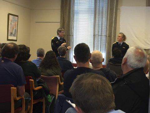 De ansatte ved fengselet på Ulvsnesøy fikk mandag vite av direktør i KDI, Marianne Vollan og leder i Bergen fengsel, Harald Åsaune, at avdelingen på øyen skal legges ned.