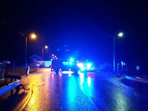 To kvinner omkom på stedet etter at de ble påkjørt på en gangvei i Kjølsdalen mellom Nordfjordeid og Måløy i Sogn og Fjordane torsdag kveld.
