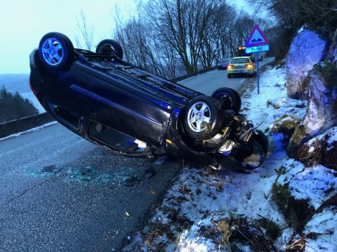 Ulykken skjedde grytidlig torsdag morgen på fylkesvei 546 ved Sandvik i Austevoll.
