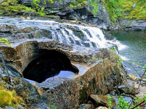 Kvamskogens flotteste badestamp ligger ovenfor Fossen Bratte, melder Torkjell Kjosås.