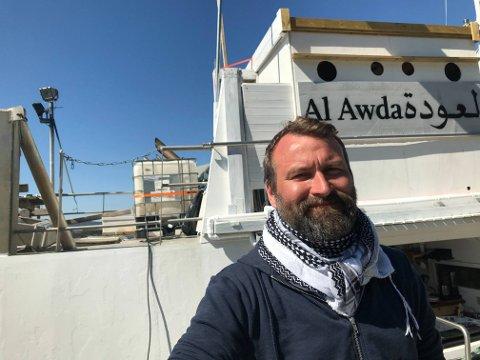 Mikkel Grüner ombord «Al Awda», eller «MS Kårstein», som skipet het tidligere.