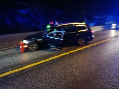 To personbiler kolliderte front mot front torsdag kveld.