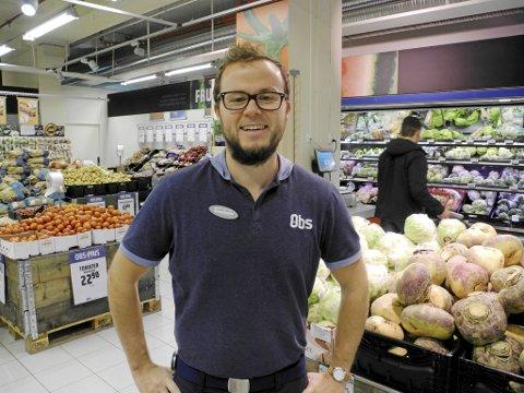 Jostein Straume, varehussjef ved Coob Obs Vestkanten, har måttet skuffe kunder på jakt etter gresskar til Halloween.