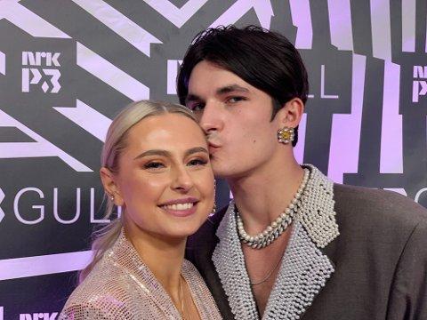 Adrian Sellevoll og Amalie Olsen bløffet om forhold under P3 Gull i november.