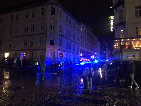 Tre personer ble arrestert i forbindelse med bråk på utestedet Downstairs.