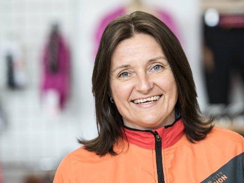 Janne Jensen har vært sjef for Bergen City Marathon de siste seks årene. Løperen arrangeres for 8. gang på lørdag med deltakere fra over 60 nasjoner.