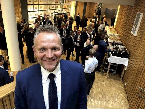 Konsernsjef Jan Erik Kjerpeseth i Sparebanken Vest fortalte under bankens kapitalmarkedsdag torsdag om to store endringer.