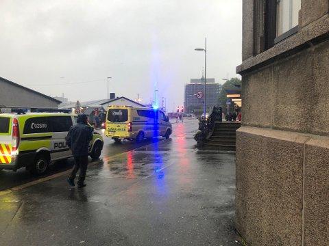 En kvinne ble påkjørt på Bryggen fredag kveld.